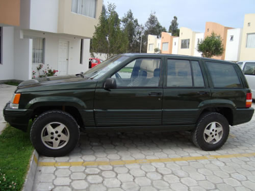 Jeep Grand Cherokee Laredo Todo Terreno Autos Autos En