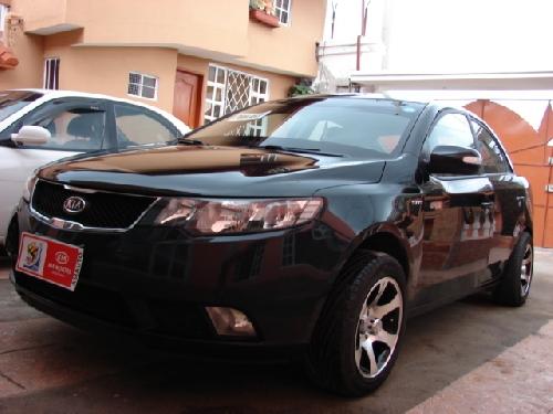 Kia Cerato Autos Autos Autos En Ecuador Autos Usados