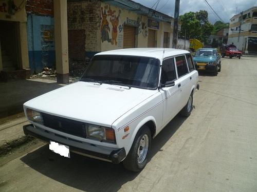 Lada 2105 Autos Autos Autos En Ecuador Autos Usados