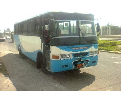 Nissan Pkc212 Buses Autos Autos En Ecuador Autos Usados